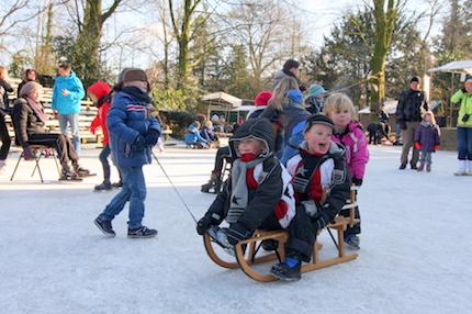 Swingplein is in winter ijsbaantje, foto PR Openluchttheater Eibergen, Raph Schouten - klein.jpg