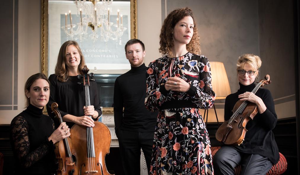 Charlotte Haesen & het Tobalita Strijkkwartet – Café des Chansons